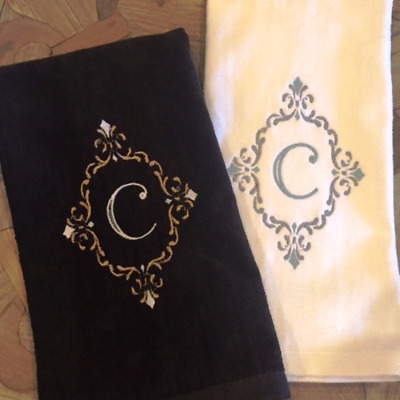 FLEUR DE LIS LOUISIANA RARE FIND EMBROIDERED SET OF 2 BATHROOM HAND TOWELS