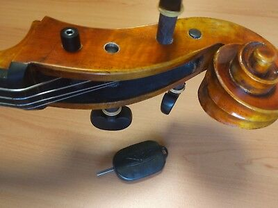 Cello 5 years old professional set-up and warm quality sound, I send recording