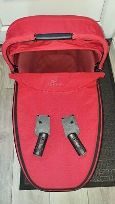 Quinny Buzz Red Carrycot With Rain Cover and adapters