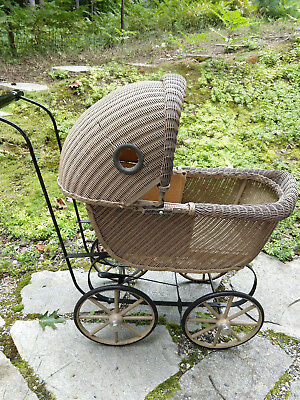 Antique Wicker Baby Doll Buggy Carriage Stroller Original Condition Very Clean