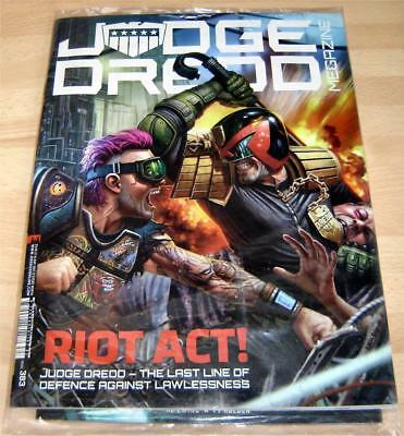 Judge Dredd Megazine Issue 383 - 16 May 2017 - Sealed In Bag With Mini Comic