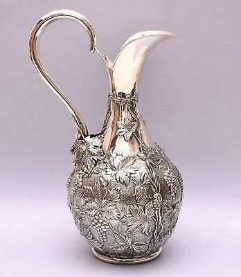 BEAUTIFUL SOLID SILVER REPOUSSE PITCHER. 506 grams / 17 ounce - 30 cm / 11 inch