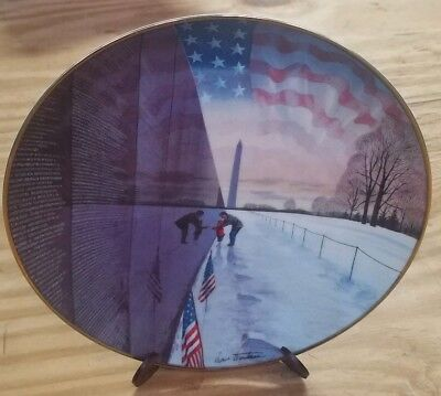 """Remember them always"" Vietnam Memorial decorative collectable plate"
