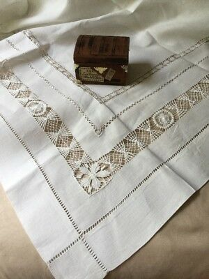 """A Pair Vintage Irish Linen Fine Hand Drawn work Lace Doily Tablecloth 29"""" Square"""