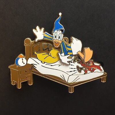 Disney Auctions - Chip and Dale Waking Donald Duck LE 100 Disney Pin 47349