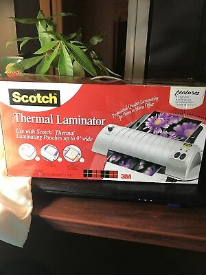 Scotch Thermal Laminator  TL901 with Laminating Pouches