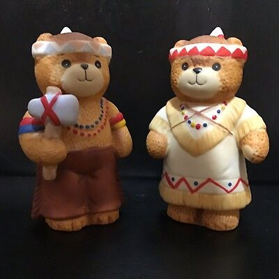 Vintage Lucy & Me 1984 Thanksgiving Native American Bears. T260
