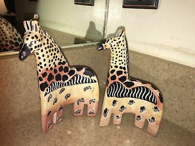 2 Pc flat curved ceramic Stone Or Marble ? Giraffe art sculptures figurines