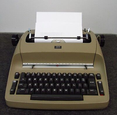 IBM Selectric I Electric Typewriter *Works well but will need new ribbon*