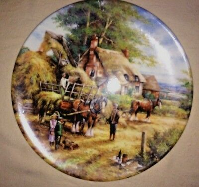 'MAKING THE HAYRICK' Wedgwood Fine Bone China Collectors Plate - Country Days -