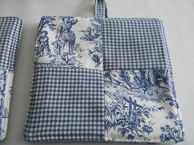 New Item~Waverly Navy Rustic Toile/gingham Reversible Square Set Of  Potholders!