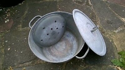 Vintage Galvanised Bucket with lid