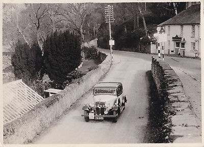 Morris Oxford On R.a.c. Motor Rally - Wales, Period Photograph.