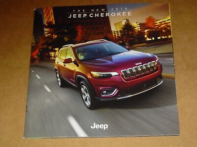 2019 Jeep Cherokee Sales Brochure Mint! 48 Pages