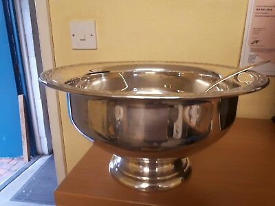 Vintage Silver Plate Punch Bowl And Ladle