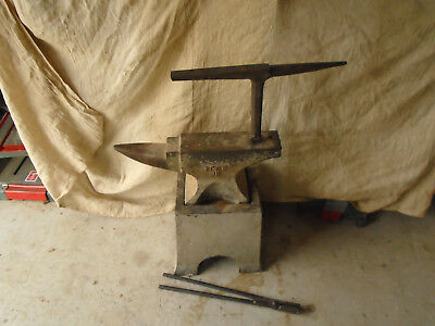 JB 1CWT Anvil on Stand with Hardy Stake and Tongs