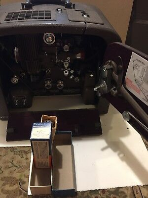 Bell And Howell 1940s Filmosound 185 16mm Projector + Extra Bulb