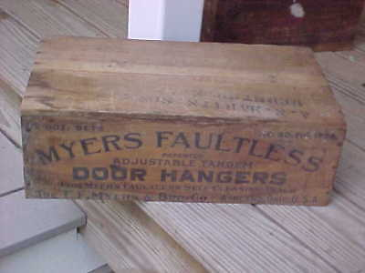 Vintage Myers Faultless Door Hangers Wood Box RARE