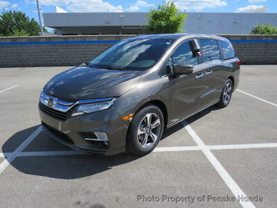 2019 Honda Odyssey Touring Automatic Touring Automatic New 4 dr Van Automatic Gasoline 3.5L V6 Cyl Pacific Pewter Met
