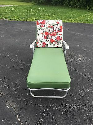 Vintage Aluminum Folding Chaise Lounge Outdoor Patio Furniture PICK UP ONLY