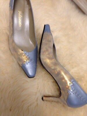 Stunning Pair Of vintage Gold And Pale Blue Leather Shoes Size 4 1/2