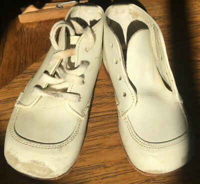 Vintage Buster Brown Size 3 Solid White Leather Tie Up Baby Shoes Doll