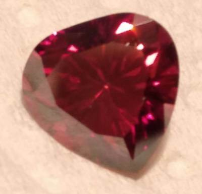 HEART MOISSANITE 2.35 CT. CHERRY RED 9.00 mm. VVS1 LOOSE SUPERIOR TO DIAMOND