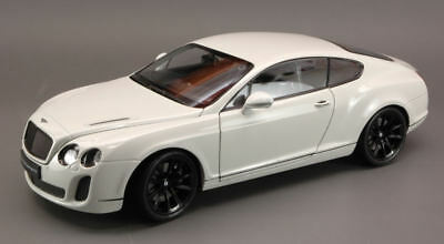 Bentley Continental Gt Supersports 2009 White 1:18 Model 4266 WELLY