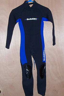 Kids Size 8 ScubaMax 3mm Neoprene Wetsuit Swimsuit Boys Girls Youth Diving  Suit 74e2a0a76
