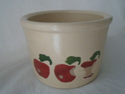 Vintage RRP Co Roseville USA 1 Pint Low Crock w/APPLES   Robinson Ransbottom 1A