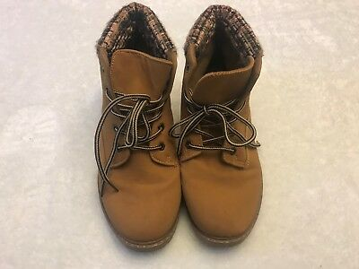18627aaffae0e Circus by Sam Edelman Jamie Brown Suede Flat Ankle Boots Women s Lace Up Sz  8.