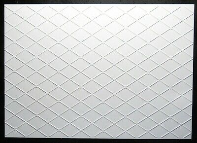 NEW A4 Embossed Premium Quality White Card CRISSCROSS DESIGN 300gsm 8 Sheets