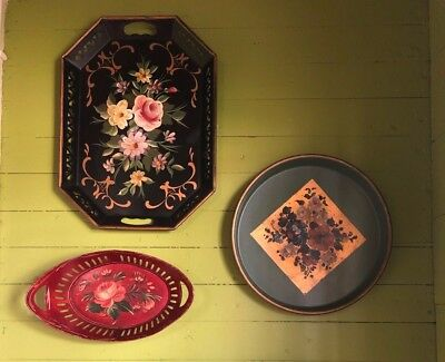 Lot of 4 Vintage Hand Painted metal trays and basket - Antique Toleware