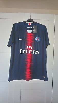 BNWT Paris St Germain Home Football Jersey With The Number 7 MBAPPE printed...