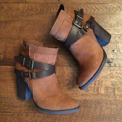 bfaa7bbdc78d Mossimo Cognac Brown Belted Boho Western Ankle Bootie Saddle Faux  Distressed 7