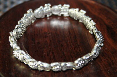 China Decoration Handwork Miao Silver Toad Biting Gold Coins Beautiful Bracelet