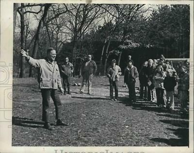 1974 Press Photo Rep. Henry Reuss and Boy Scouts Hiked Wisconsin's Ice Age Trail