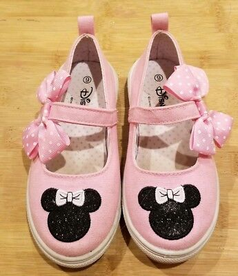 EUC Toddler Girls Pink Minnie Mouse Shoes Size 9