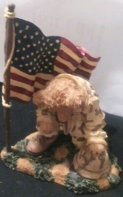 "Boyds Bear "" Proud to be an Amercan "" Flag and Soldier Bear"
