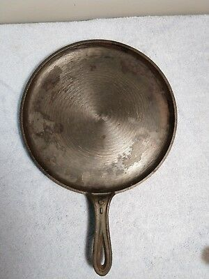 Antique Gate Mark Cast Iron Shallow Skillet #8