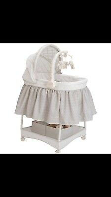 new born baby, unisex, Delta Gliding Bassinet with silver lining. Brand new.