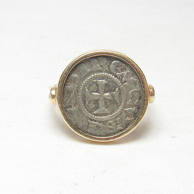 Estate 14K Yellow Gold Ring Holding Antique Byzantine Coin
