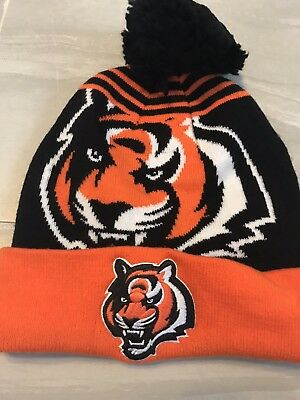 CINCINNATI BENGALS - NFL Fan Favorite Mens Knit Pom Beanie Hat black orange c636065a5