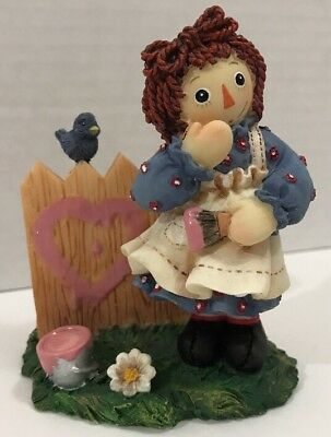 "Enesco Raggedy Ann Figurine ""A Heart Full of Happiness"" #640506 New in Box"