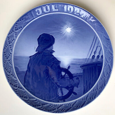 1927 Royal Copenhagen Christmas Plate ~ Helmsman on Christmas Night