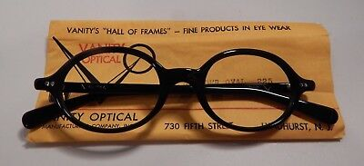 Vintage Vanity Optical Slender Oval Black 46/20 Eyeglass Frame New Old Stock