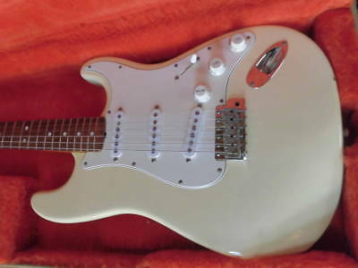 Fender USA American Vintage 62 Stratocaster OWH beautiful rare EMS F/S*