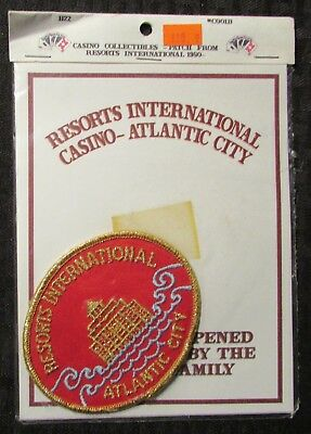 "1980 RESORTS INTERNATIONAL HOTEL CASINO 3.75x3"" Oval Patch FVF 7.0 Red"