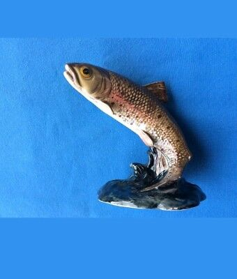 Beswick England leaping Trout 1390 fish/ fishing memorabilia - excellent model