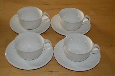 Barratts Strawberry Vine Cup and Saucer x 4